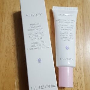 Mary Kay med coverage foundation Beige 302